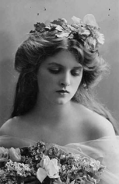 most-beautiful-women-edwardian-era-1900s-14-578c7e6b22c5e__700
