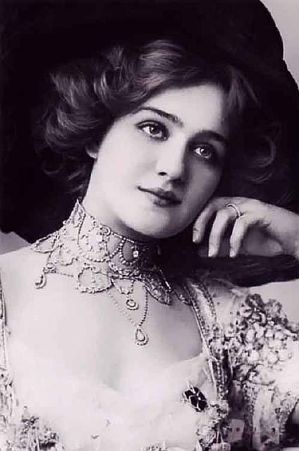most-beautiful-women-edwardian-era-1900s-18-578c8b122d503__700