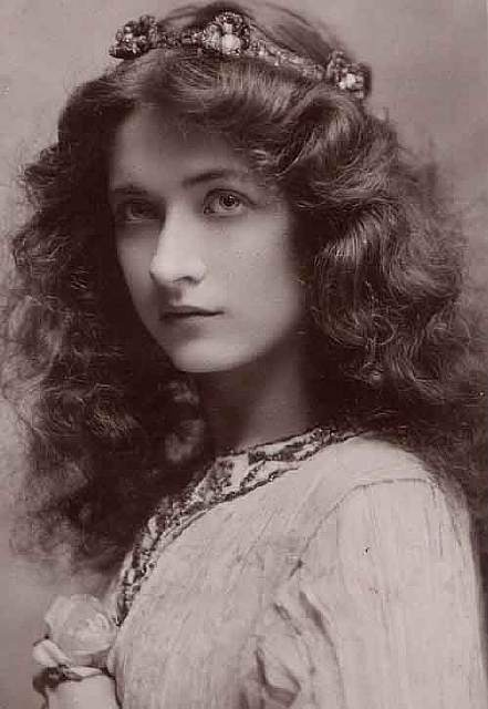 most-beautiful-women-edwardian-era-1900s-3-578c7e5333f15__700