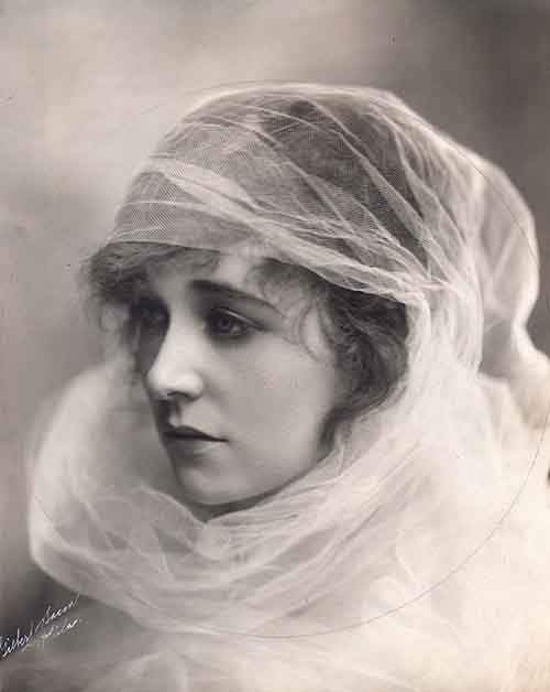 most-beautiful-women-edwardian-era-1900s-9-578c7e6103cec__700