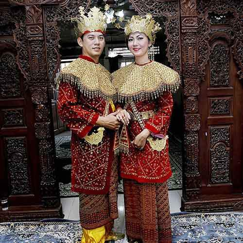 traditional-weddings-around-the-world-40-578e11a0c4acf__605
