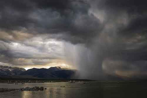 _90690109_paulandrew-eveningstormmonolake