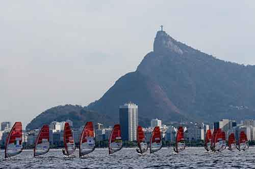 christ-the-redeemer-looks-down-upon-some-windsurfers