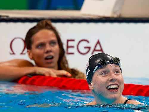 different-reactions-from-usas-lilly-king-and-russias-yulia-efimova-as-they-look-at-their-times