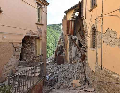 italy-earthquake-before-after-4-1