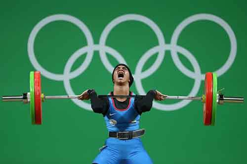 weightlifter-ayesha-shahriyar-m-albalooshi-of-the-uae