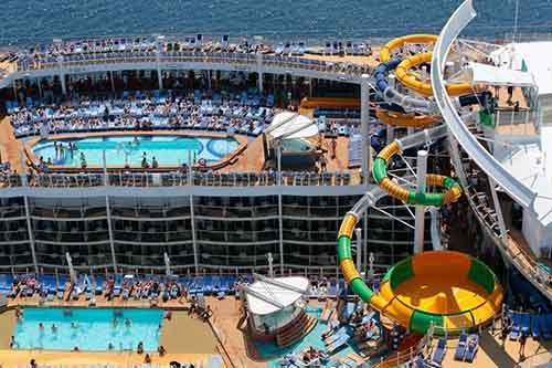 worlds-largest-passenger-ship-harmony-of-the-seas-royal-caribbean-13