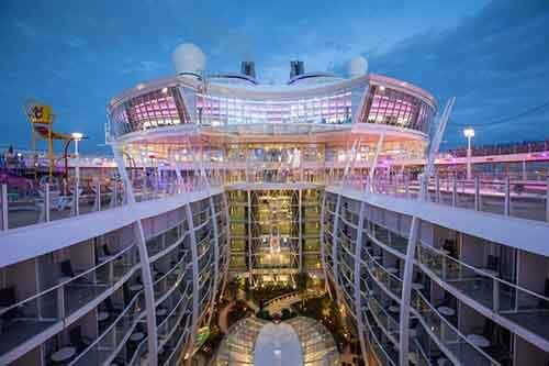worlds-largest-passenger-ship-harmony-of-the-seas-royal-caribbean-2