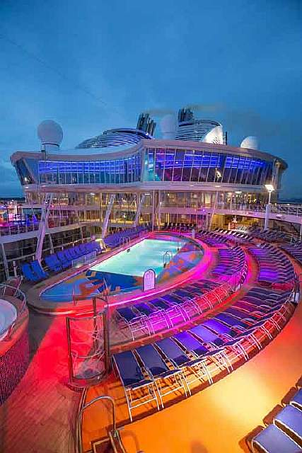worlds-largest-passenger-ship-harmony-of-the-seas-royal-caribbean-simon-brooke-webb-photography-3