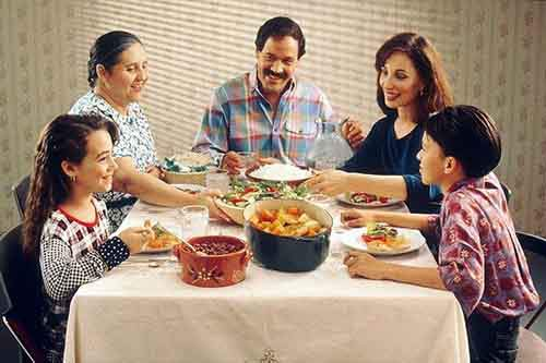 13-family_eating_meal-610x406