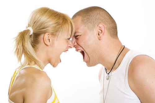 25-couple-yelling-at-each-other-610x406