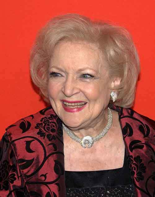 betty_white_2010-610x777