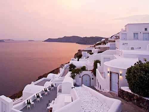 12-canaves-oia-santorini-greece