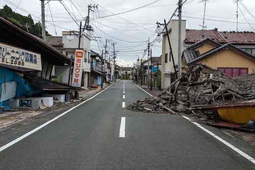fukushima-japan-nuclear-plant-aftermath19-1