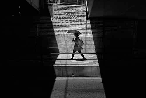 japan-street-photography-44-580888a9e63ef__880