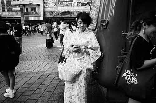 japan-street-photography-84-5808aea2e7fe3__880