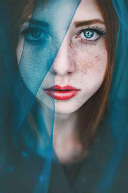freckles-redheads-beautiful-portrait-photography-151-583594227bfff__700