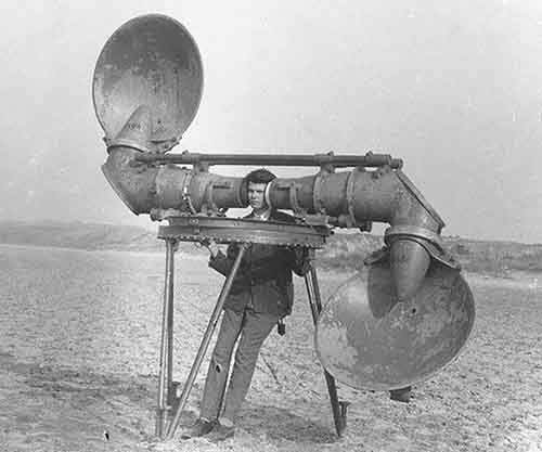 08-4-pre-radar-listener-for-enemy-aircraft