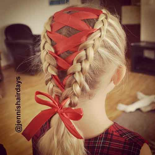 creative-christmas-hairstyles-16-58468cdc6ecda__605