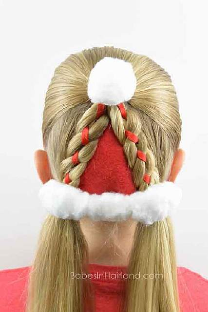creative-christmas-hairstyles-20-58468ce6e2d07__605