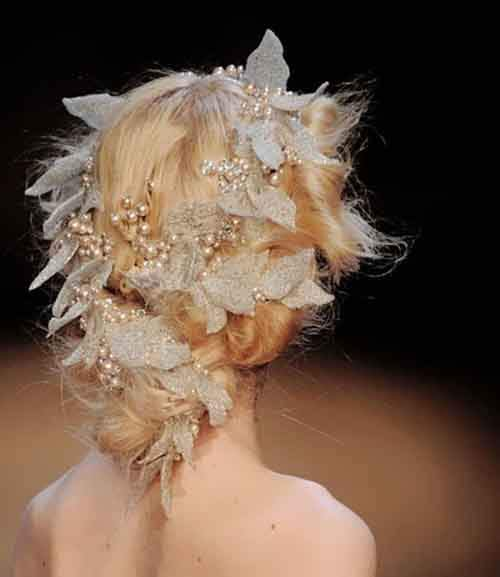 creative-christmas-hairstyles-33-58468d0f7a1ec__605