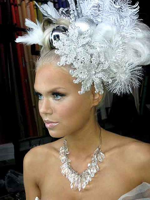 creative-christmas-hairstyles-43-58468d2ecddc8__605