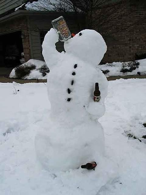 creative-snowman-ideas-19-585408818e059__605