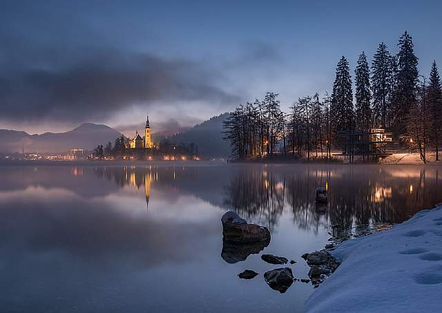 i-photographed-lake-bled-on-a-fairytale-winter-morning__880
