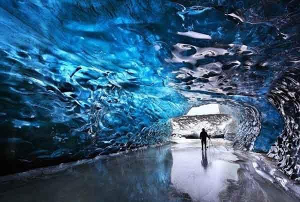 Skaftafell-ice-cave-610x411