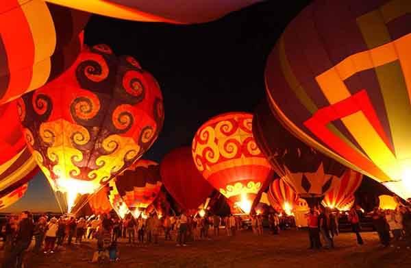 unique-festivals-around-the-world-albuquerque-international-balloon-fiesta-2