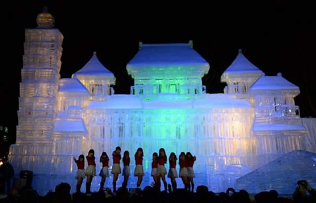 unique-festivals-around-the-world-sapporo-snow-festival__880
