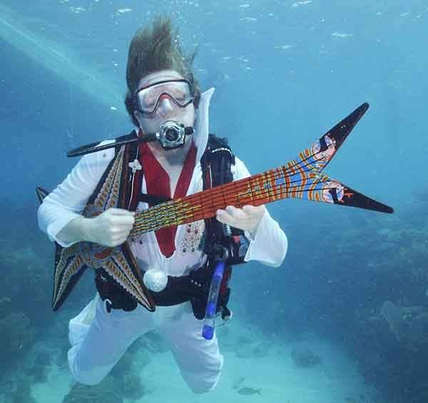 unique-festivals-around-the-world-underwater-festival-florida-keys-2__880