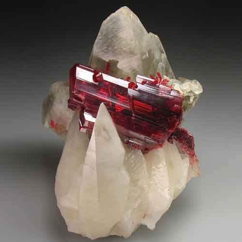 amazing-stones-minerals-19__700