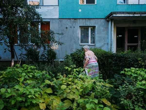 romania-villages-funny-photography-hajdu-tamas-26