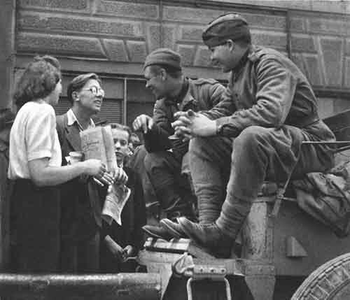 chekhoslovakialiberation001-16