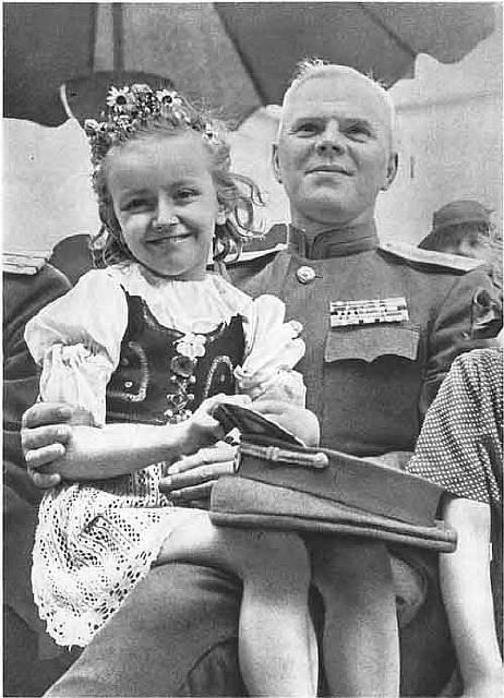 chekhoslovakialiberation001-25