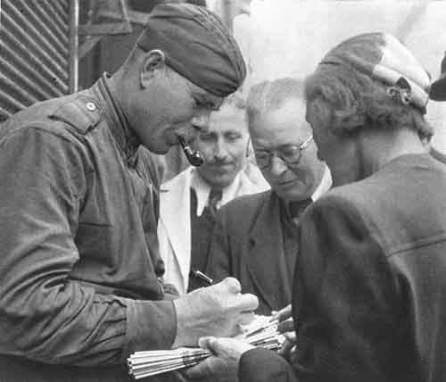 chekhoslovakialiberation001-29