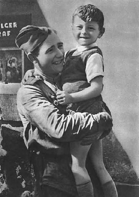 chekhoslovakialiberation001-61