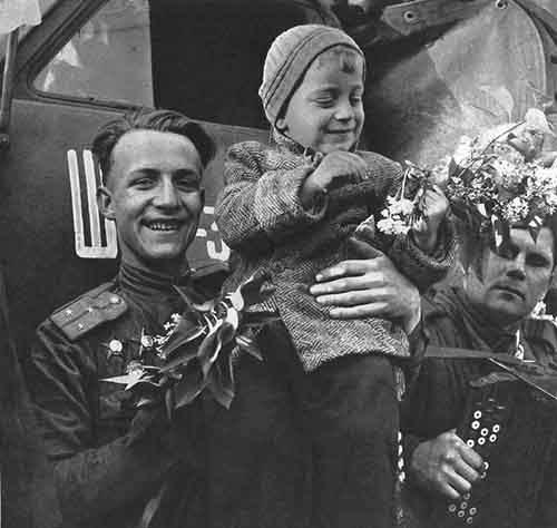 chekhoslovakialiberation001-63