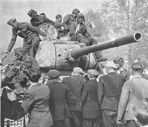 chekhoslovakialiberation001-79