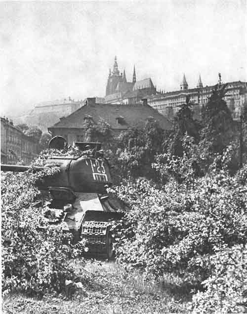 chekhoslovakialiberation001-84