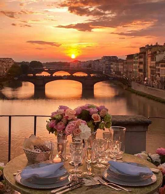 Ponte-Vecchio-Bridge-Florence-Italy
