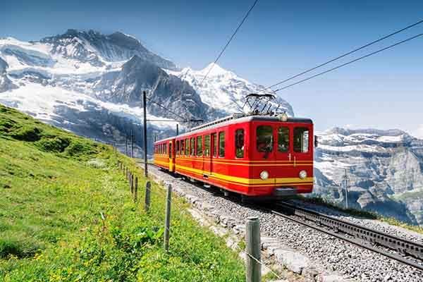 swiss-train