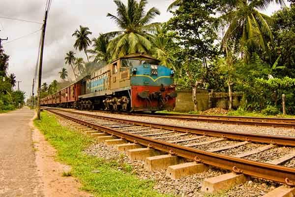 train-in-india