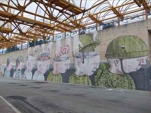 20-strong-street-art-works-revealing-the-truth-of-life-artnaz-com-1