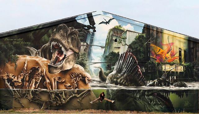 20-strong-street-art-works-revealing-the-truth-of-life-artnaz-com-13