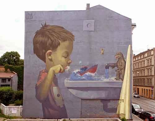 20-strong-street-art-works-revealing-the-truth-of-life-artnaz-com-16