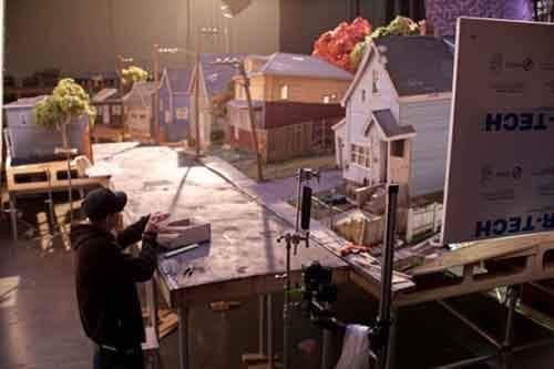 784255-650-1458722669-ParaNorman-behind-scenes-image-Laika-studios-35-600x400