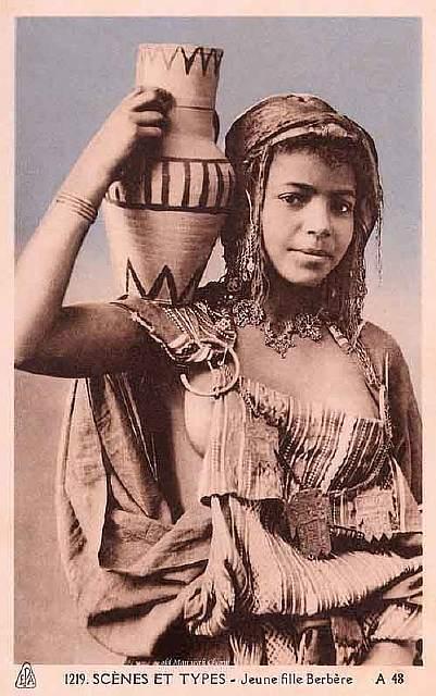 vintage-women-beauty-1900-1910-100__605