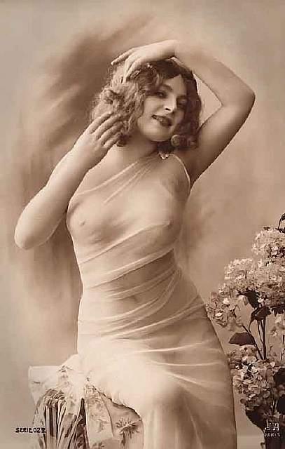 vintage-women-beauty-1900-1910-103__605